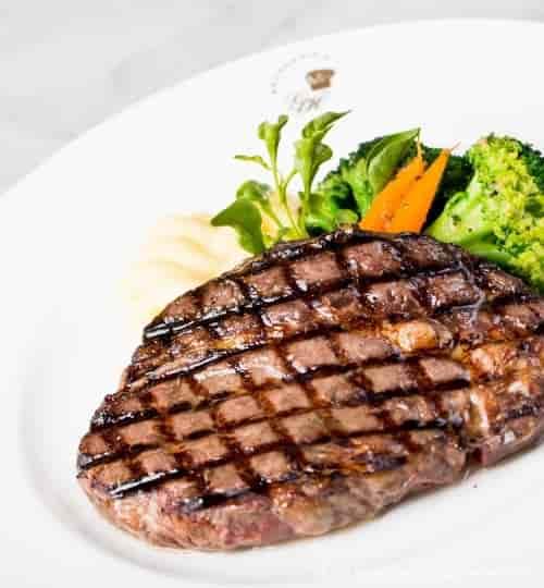 Entrecôte-grilled wagyu steak